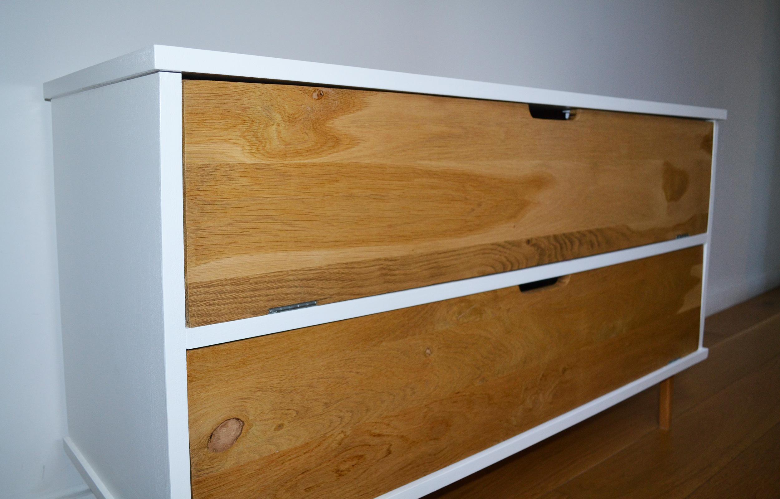 meuble tv cr ation de meubles en bois sur mesure. Black Bedroom Furniture Sets. Home Design Ideas